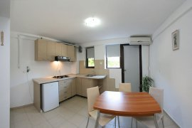 Apartament Teen, cazare Saturn